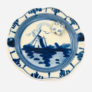 Vintage Delft blue holland ashtray